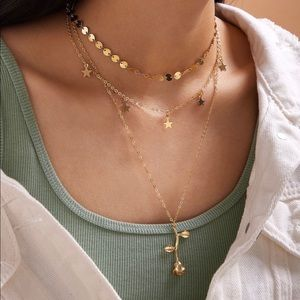 3/$30 💛 Rose Charm Layered Necklace